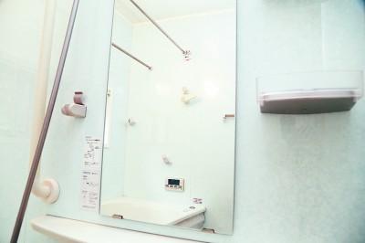 汚れで映らなくなった鏡もクリアに!